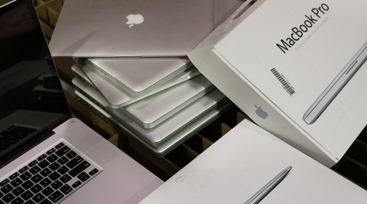buy or sell large Off-lease Apple Laptops